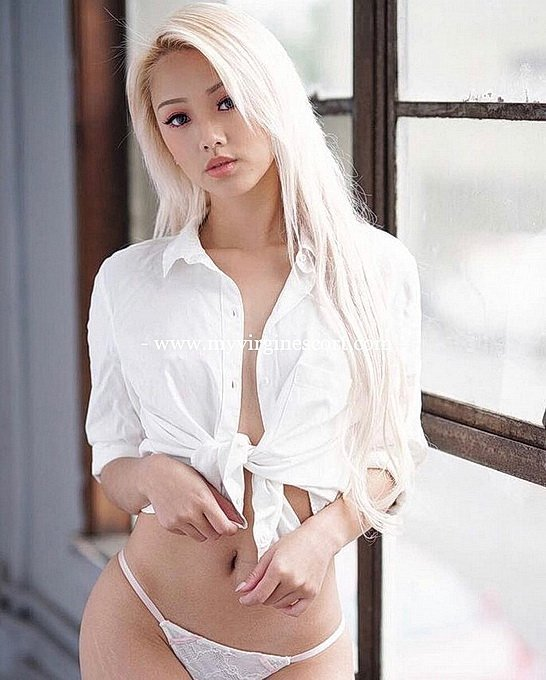 Chinese Escort Yan Ling Also Known As Carmen